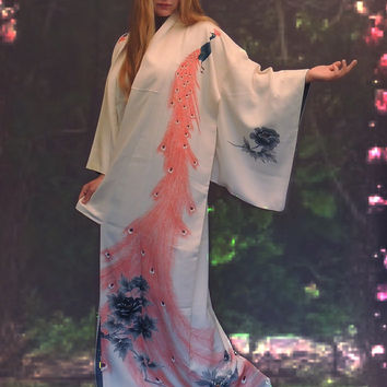 Magical vintage silk Japanese bridal kimono / extra large long / peacock design oriental ivory white wedding robe / Geisha bride opera coat