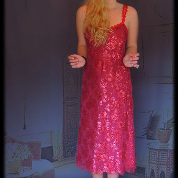 Vintage party dress / Cranberry red metallic lace overlay cocktail gown / Pretty dance prom frock