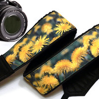 Dundelions Camera Strap. Flowers Camera Strap. Black Yellow  Camera Strap. Camera Accessories