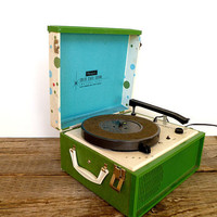 1960s Portable Record Player Turn Table Retro by Yesterdayand2day