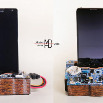 Circuit board Smartphone Stand, a great gift. Recycled computer parts  Tech lover gift. Wood iPhone Stand. Phone stand.
