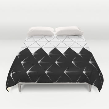 Shine triangles! Duvet Cover by Pyier Trpn