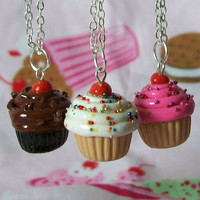 $12.50 Everyday Cupcake Necklace by lessthan3chrissy on Etsy