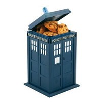 Amazon.com: Doctor Who Tardis Cookie Jar Lights and Sounds: Kitchen &amp; Dining