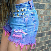 WILDHEARTS Vintage STUDDED High Waisted Denim Shorts Dip Dye OMBRE Purple/Pink M