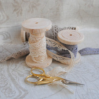 Natural Wooden Bobbins Spool Set for decoration or storage of lace
