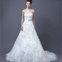 A-line strapless sweep trian lace 2013 Wedding Dresses EWD078