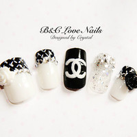 "Simple Style Fake Nail Set- "" Camellia """