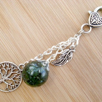 Tree of Life Leaf Deep Green Crackle Glass Marble Keychain