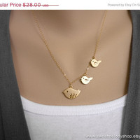 AUTUMN SALE - Family Bird Necklace - Mother and Two Baby Birds on 14k Gold Filled Chain - lovely gift, mom, sister, daughter, christmas