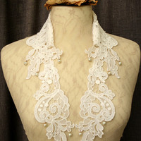 lace collar necklace -LOUISA- (white)