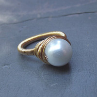White Pearl Ring - Ivory Cream Gold Wire Wrapped Ring - Bridesmaid, Wedding Jewelry - Custom Size