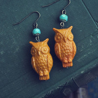 vintage mustard owl earrings by bellehibou on Etsy