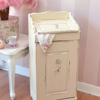 SOLD 8410 - Gorgeous Shabby Cream Wooden Hamper - &amp;#36;125 - The Bella Cottage