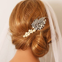 BAUBLES AND LEAF  Bridal Headpiece