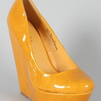Suzie-08 Patent Almond Toe Wedge