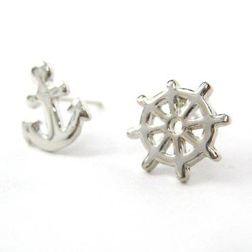 Small Anchor and Wheel Nautical Stud Earrings in Silver by Dotoly