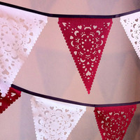 Red and White Christmas Banner, lace garland, vintage bunting
