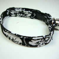 Black and White Damask Cat Collars Mini