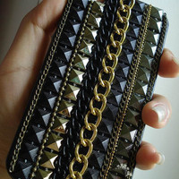 studded iPhone Case studded iPhone 4s Case iPhone 5 Case Steam Punk Rivet Chain Hard Phone Case unique iphone 4 case