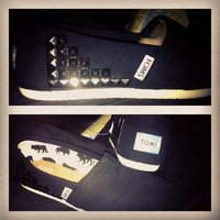 FURTHER REDUCTION--- ready to send. womens size UK3/US5 black gunmetal studded Toms hipster grunge