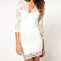 Impeccably Designed White Lace Overlay Shift Dress Beach Wedding 8-C18 S