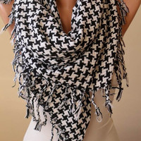 New Scarf - Gift - Fall/Winter Scarf - Best Gift for Christmas- Black and White Houndstooth Scarf - Thick Cotton Fabric - Triangular