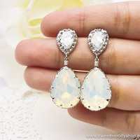 Wedding Bridesmaid Earrings Bridal Jewelry Bridesmaid Jewelry White Opal Swarovski Crystal Tear Drops with Cubic Zirconia Earrings