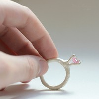 T13 Organic Bezel ring with Pink Zirconia by lachicadelosanillos