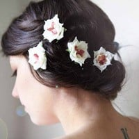 flower hair clip set 'jupiter' by whichgoose on Etsy
