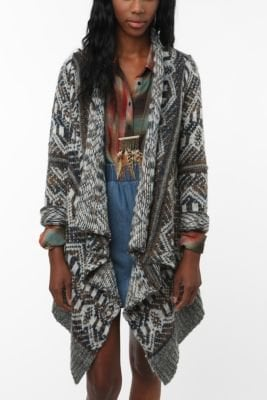 UrbanOutfitters.com &gt; Staring at Stars Pattern Drape Open Cardigan