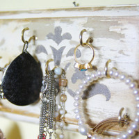 Key Holder, Distressed Jewelry Display, Necklace, Earing Display Hanger Decorative