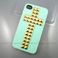 IPhone 4 case,Iphone 4S case,Mint Green Cross Studded iPhone 4 Case,Golden Pyramid Studs iPhone Hard Case