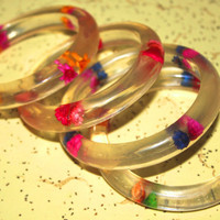 Set of 4 Lucite Dried Flower Bangles