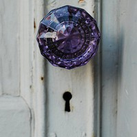 design  decor to adore 3 / love glass door knobs.