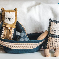 The Owl and The Pussycat  in a boat , soft art  toys  by Wassupbrothers.Free Shipping