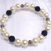 Black and Cream Pearl Crystal Bracelet, Stretch Bracelet, Beaded Jewelry
