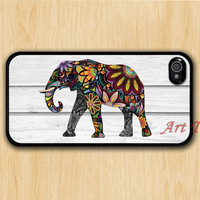 iPhone 4 Case, iphone 4s case -- Elephant iphone case,colorful elephant on gray wood iphone 4 case, iphone case