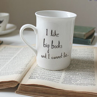 &#x27;I Like Big Books And I Cannot Lie&#x27; Mug
