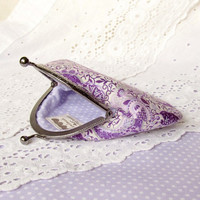 Coin purse - Purple paisley - Orchid, violet, lavender cotton fabric with metal frame