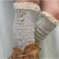 BKS2BL Nordic Lace oatmeal tweed knee socks