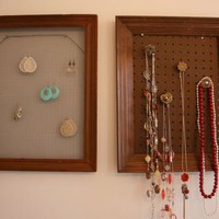 Hang ?em High: Framed Earring Organizer! ?
