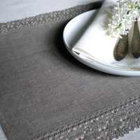 Linen Placemats  Set of 4 Items  With French Whisper by linenlife