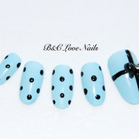 "Simple Style fake nail set - "" Gift """