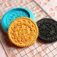 Oreo Cookie Biscuit Mold 28mm Silicone Flexible Mold Decoden Kawaii Miniature Sweets Fimo Polymer Clay Food Jewelry Mold Cabochon Charms