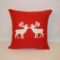 Christmas Reindeer Cushion on Luulla