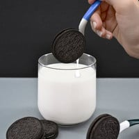 the dipr: Dunk The Cookie, Not Your Fingers
