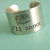 Photographer Ring - I&#x27;ll shoot - camera ring in aluminum - wide band ring