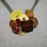Vintage Button Necklace, ooak unisex necklace, Earth tone , fall inspired color necklace, browns and yellows