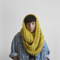 The Pembroke Cowl in Citron